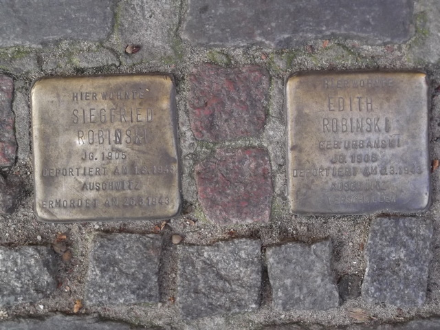 Stumbling stones planted by Steven Robins at 46 Naunynstrasse in memory of his relatives. Photo: Heike Becker.